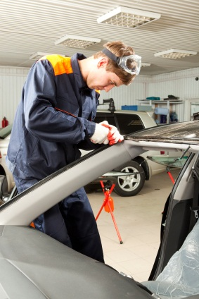 Service For Car Windshield Replacement