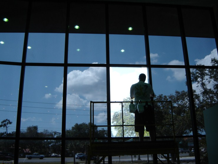 Multiple benefits of employing commercial window tinting for Commercial windows